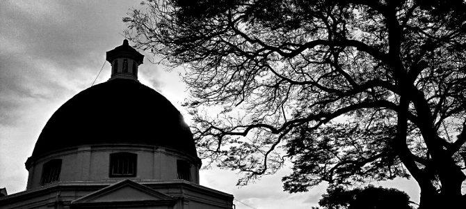 Senja di Taman Sri Gunting Kota Lama Semarang